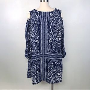 AUW Blue and White Pattern Cold Shoulder Dress 14